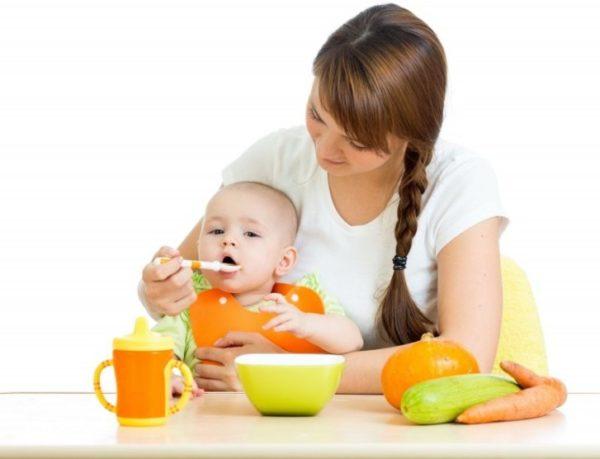 Пюре з кабачка для немовляти (на пару, без варіння): рецепти