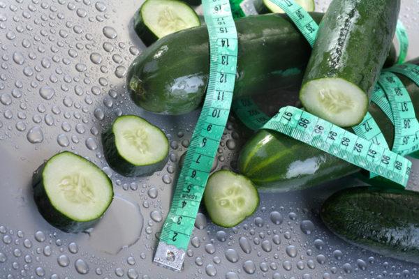 Огірки для схуднення (з кефіром, зеленню): дієта, відгуки