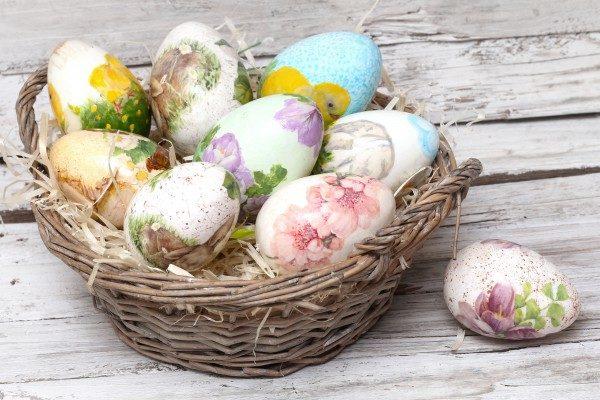 Декупаж яєць до Великодня серветками: майстер-клас з фото покроково