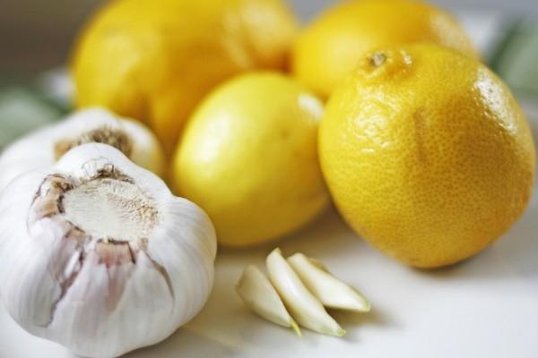 Чищення судин часником і лимоном: рецепти, відгуки лікарів