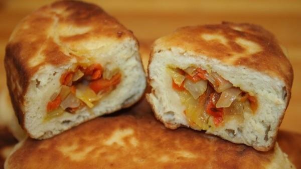 Дріжджове тісто на кефірі для пиріжків, булочок і пиріжків
