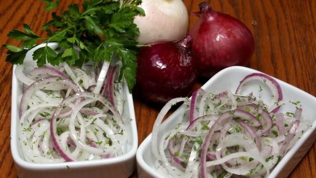 Як правильно замаринувати цибулю для шашлику: рецепти по кроках