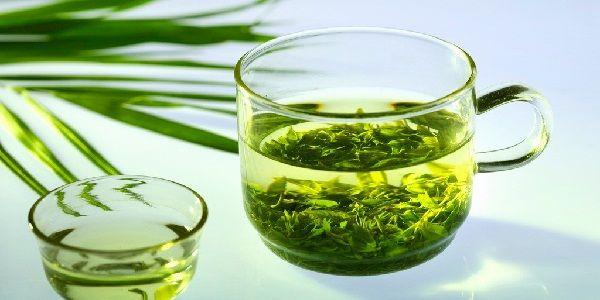 Зелений чай підвищує або знижує артеріальний тиск?