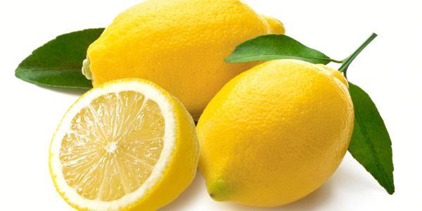 Лимон для схуднення: користь, рецепти та відгуки