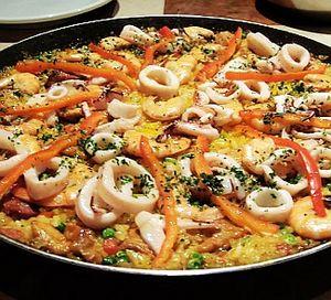 Приготування паельї з куркою і морепродуктів: рецепт, поради