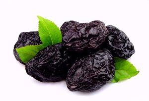 Чорнослив сушений: корисні властивості і склад