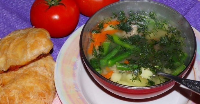Суп зі спаржею (з вершками, пюре, овочевий): рецепти з фото