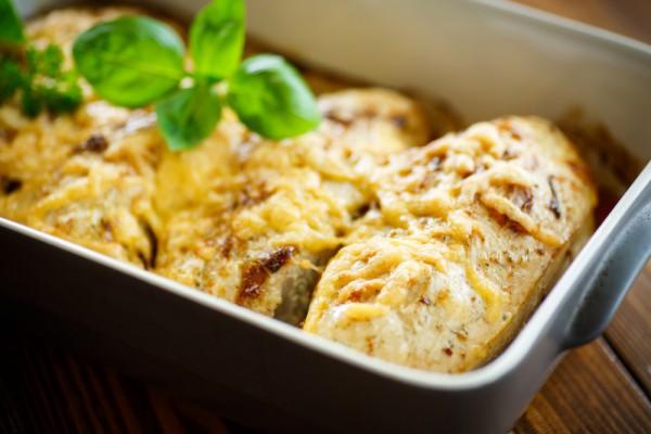 Куряче філе під сиром (з грибами, в тарталетках): рецепти