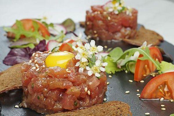 Тартар з тунця з авокадо, імбиром, гуакамоле: рецепти з фото