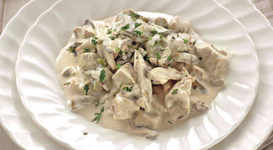 Фрікасе з індички з грибами, з овочами: покрокові рецепти