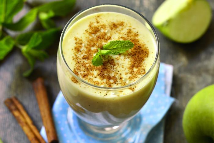Смузі з яблук (з бананами, мандаринами, молоком): рецепти