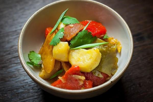 Як запекти овочі в духовці у фользі: рецепти з фото покроково