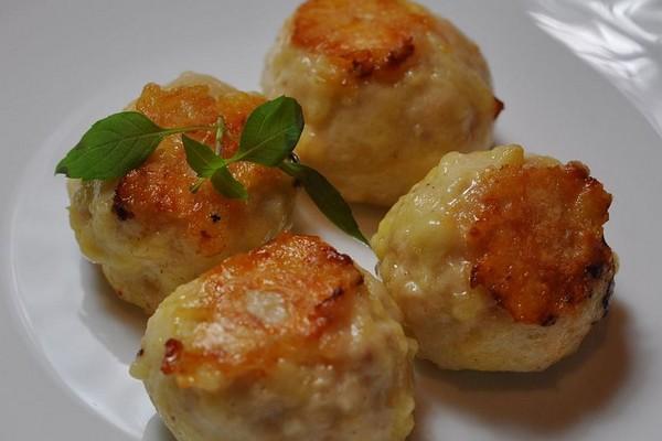 Котлети в духовці з сиром (з курки, індички): фото-рецепти