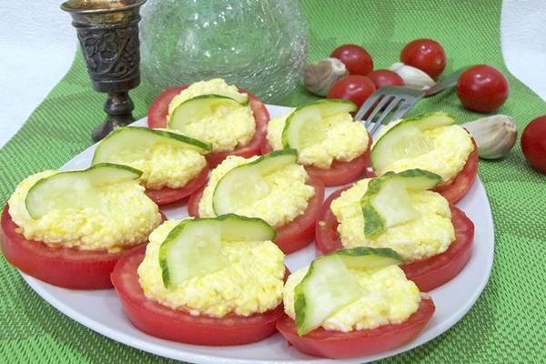 Помідори з сиром і часником: покрокові фото-рецепти закусок