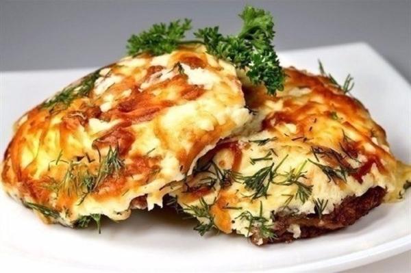 Відбивні по-французьки на сковороді в духовці: рецепти