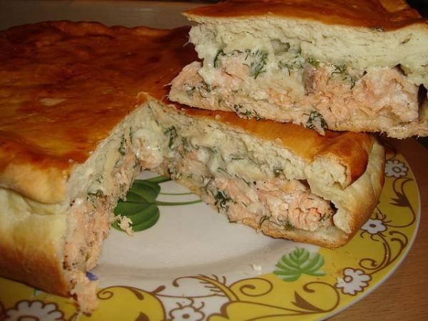 Пиріг з капустою і рибою: покрокові рецепти тіста і начинки