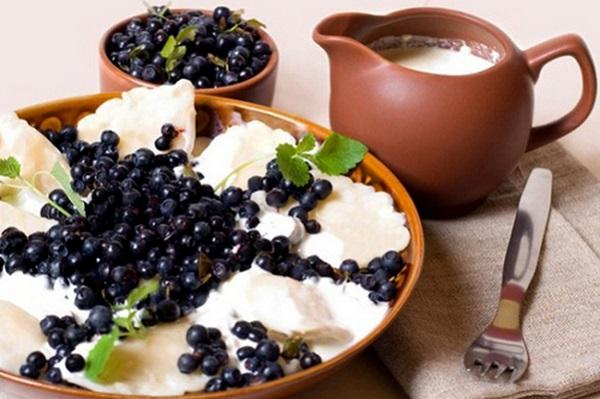 Вареники з чорницею (свіжої, замороженої): рецепти з фото