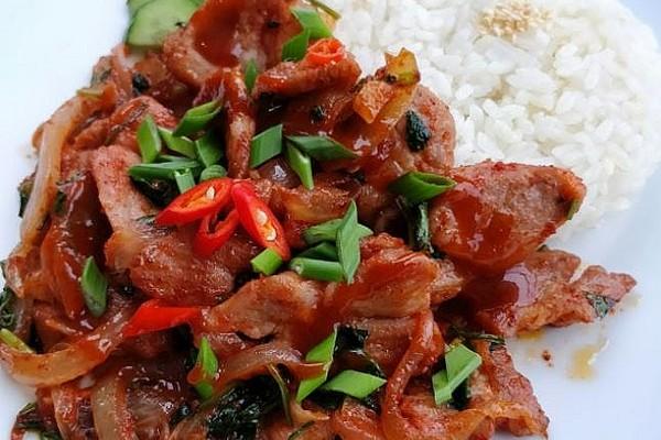 "Свинина по-корейськи, салат з м'яса, рецепт страви ""Хе"""