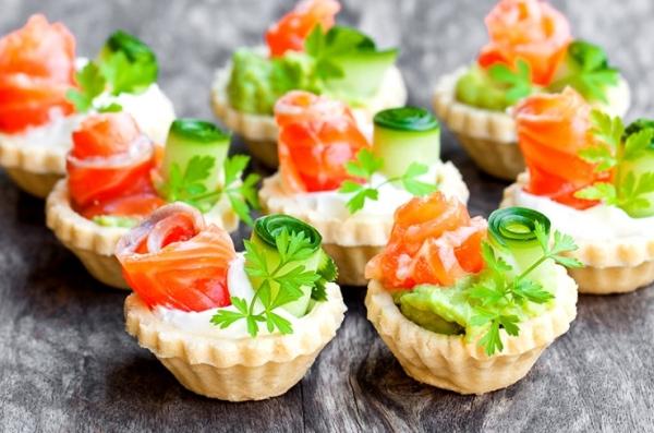 Тарталетки з сьомгою (з сиром, авокадо): рецепти з фото