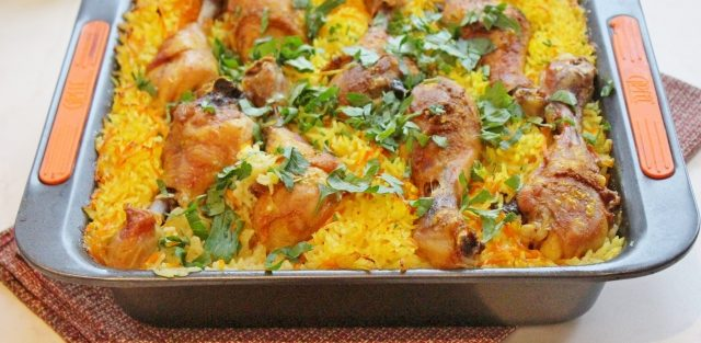 Курячі ніжки з рисом в духовці: рецепти, калорійність страв