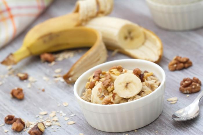 Вівсяна каша з бананом (на воді, молоці): прості рецепти