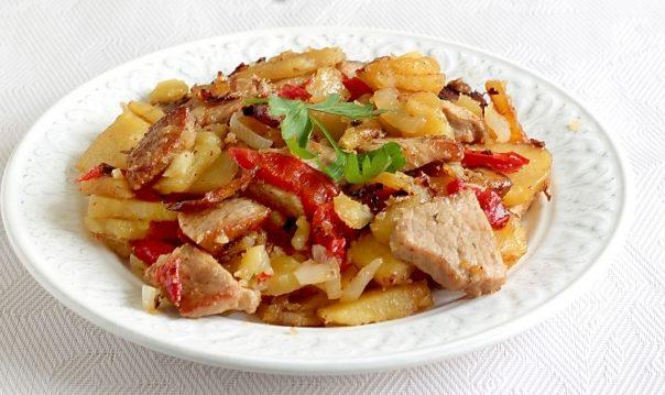 Свинина з болгарським перцем (тушкована, печена): рецепти