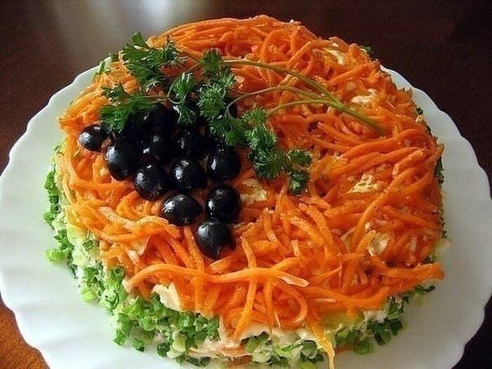 Салат з вареної моркви - рецепти з фото, калорійність