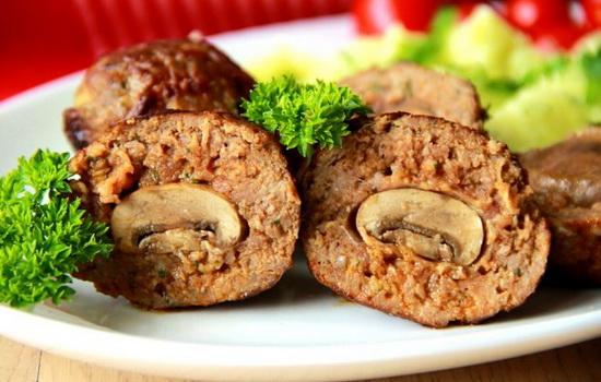 Курячі котлети з грибами (фаршировані, рубані): рецепти