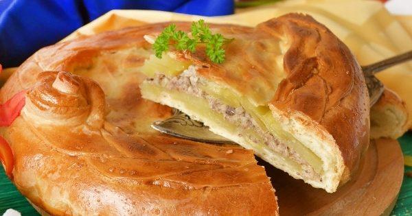Пиріг зі скумбрією (листковий, на кефірі): домашні рецепти