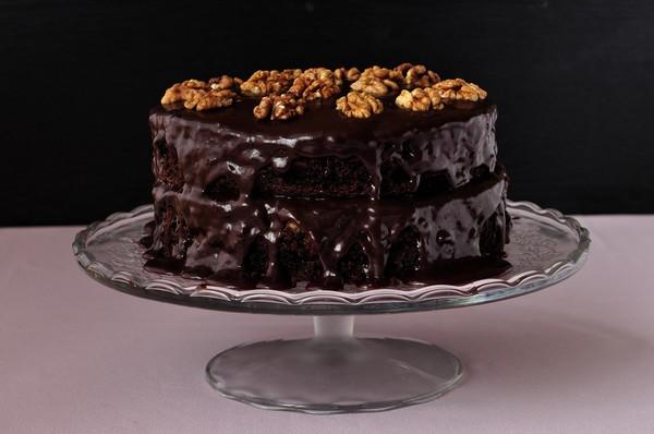 Шоколадний торт з горіхами: рецепти з фото, калорійність