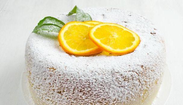 Шарлотка з апельсинами та яблуками: рецепти з фото покроково