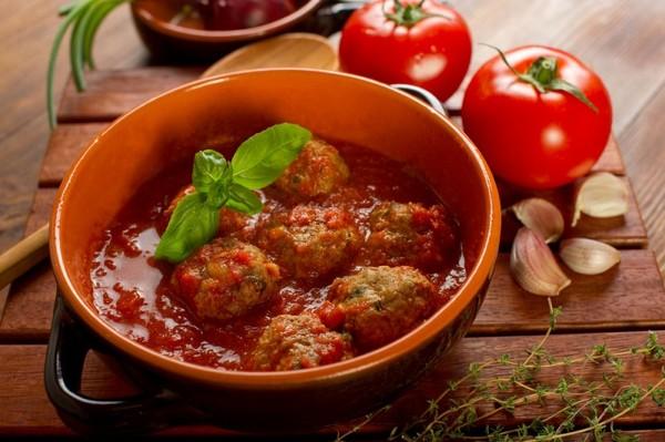 Фрикадельки з яловичини (дитячі, для супу, на пару): рецепти