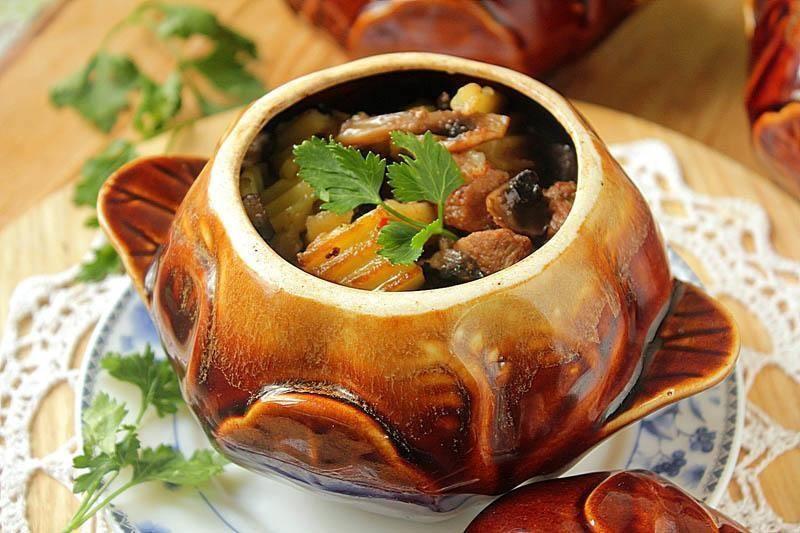 Індичка в горщику (з картоплею, гречкою, овочами): рецепти