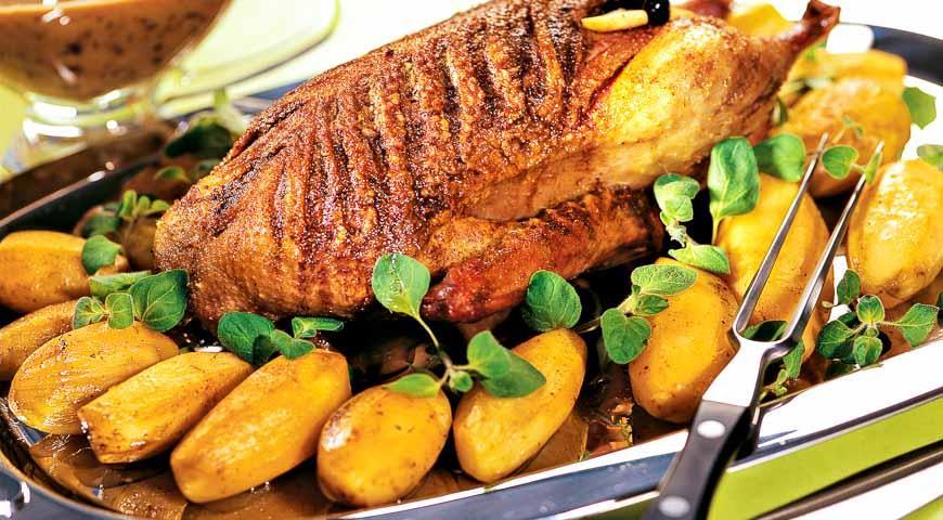 Качка з чорносливом (тушкована, в духовці): рецепти з фото
