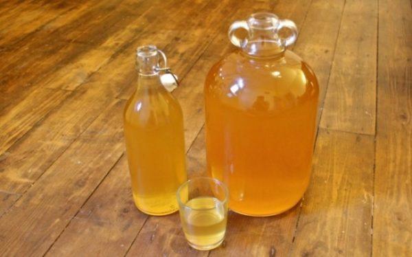 Домашнє вино з яблук: прості рецепти виготовлення з фото