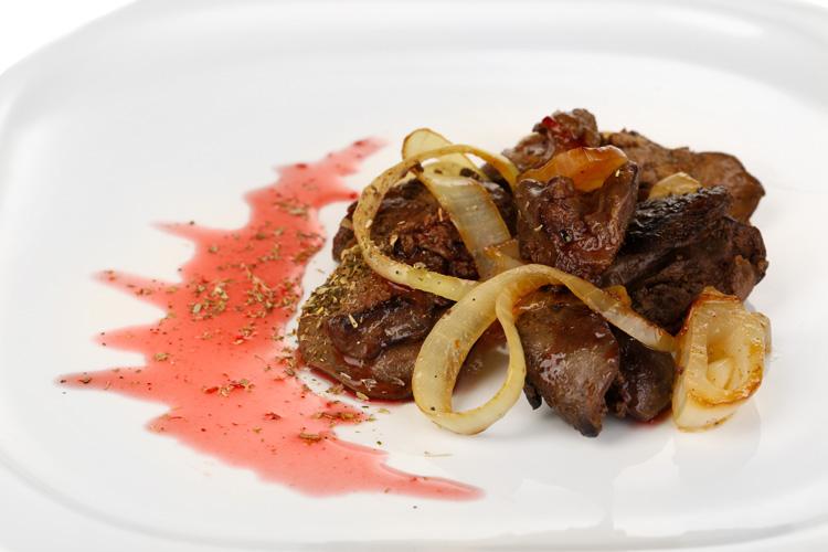 Смажена свиняча печінка: рецепти приготування, калорійність