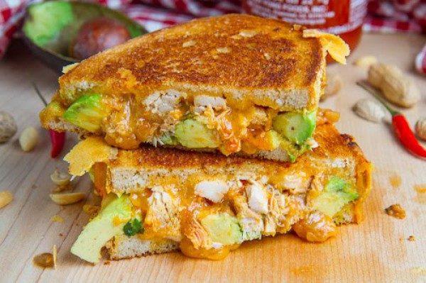 Бутерброди на сніданок корисні і смачні: рецепти з фото