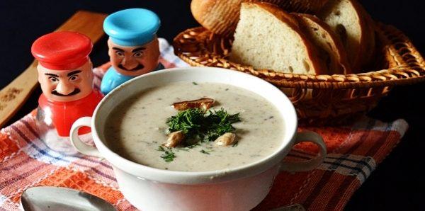Крем-суп з білих грибів (з вершками, з беконом): рецепти