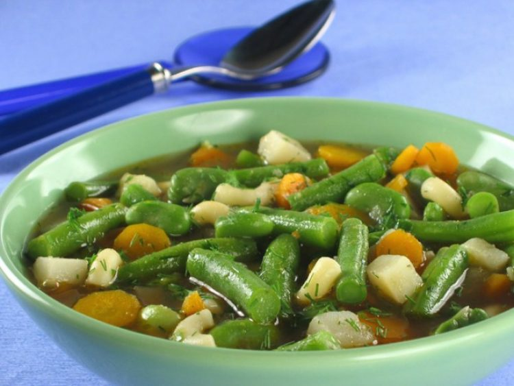 Суп зі стручкової квасолі (свіжої, замороженої): рецепти