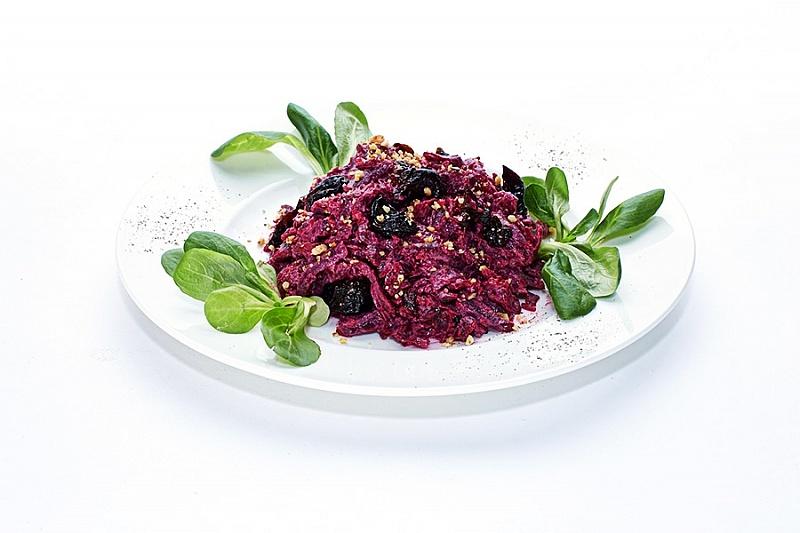 Салат з буряка з чорносливом: покрокові рецепти з фото