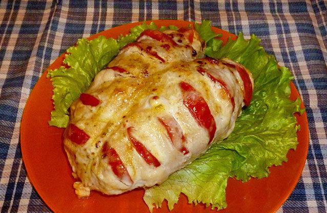Грудки в духовці з сиром і помідорами: рецепти, калорійність