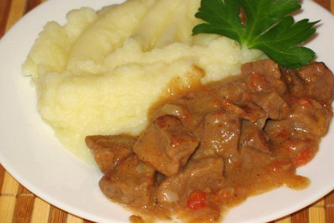 Підлива до пюре (з фаршу, з м'ясом, овочева): рецепти з фото