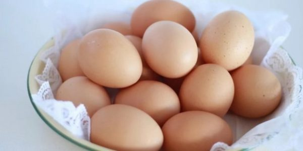 Як варити яйця, щоб вони не тріснули: способи та поради