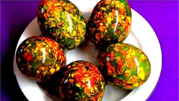 Мармурові яйця на Великдень із зеленкою: покроковий рецепт з фото