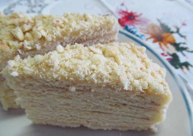 Торт на сковороді з заварним кремом: легкі рецепти покроково