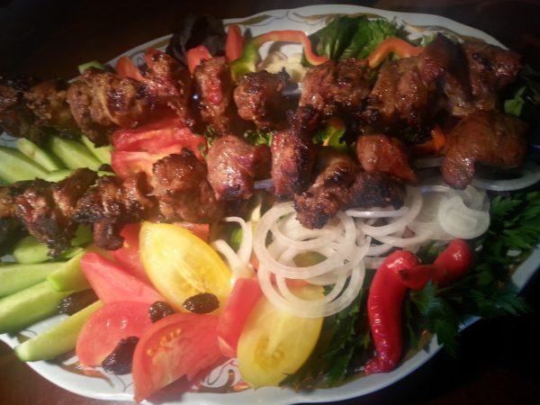 Шашлик по-вірменськи з свинини: цей рецепт і секрети
