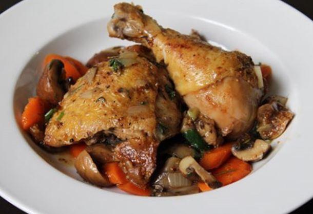 Качині ніжки: рецепти приготування смачних страв з фото