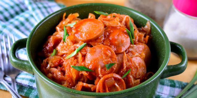 Солянка з квашеної капусти (з м'ясом, з грибами): рецепти