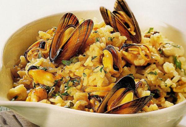 Плов з морепродуктів в казані і мультиварці: рецепти з фото