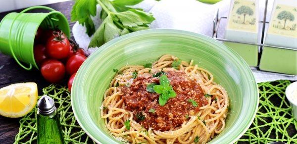 Як приготувати пасту для спагетті - з фаршем, з помідор